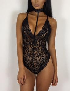 Lace bodysuit choker zwart