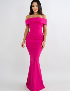 Off shoulder flared maxi dress roze