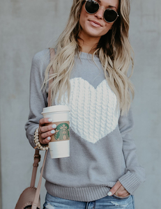 Hearted sweater grey