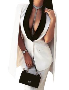 Witte cape blazer