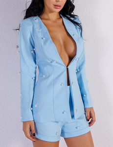 Two piece pearl set blue