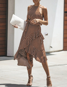 Polka dot dress bruin