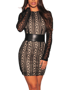 Lace belted bodycon dress zwart