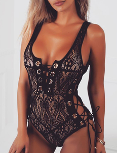 Lace crochet swimsuit zwart